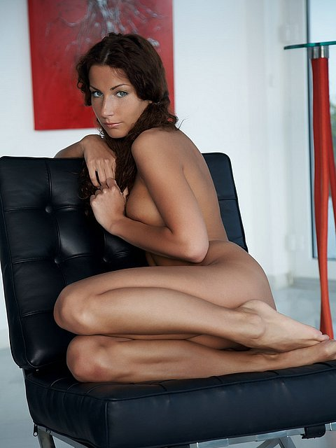 sweet and sexual model Fiera show us hot strip
